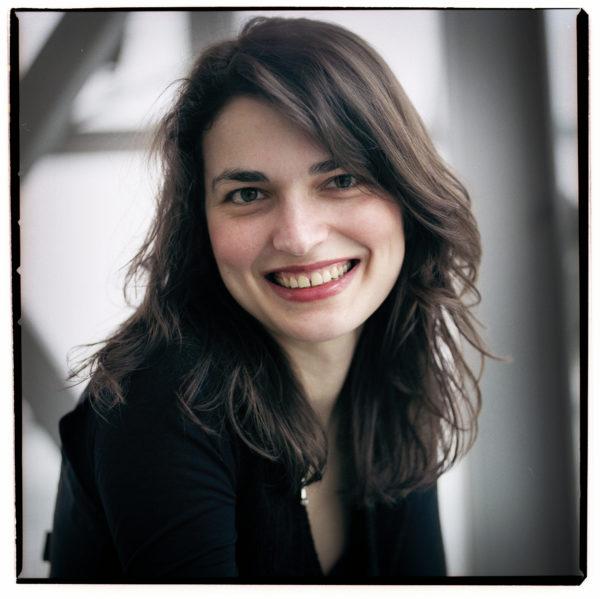 Mariana Izman in De Nieuwe Muze