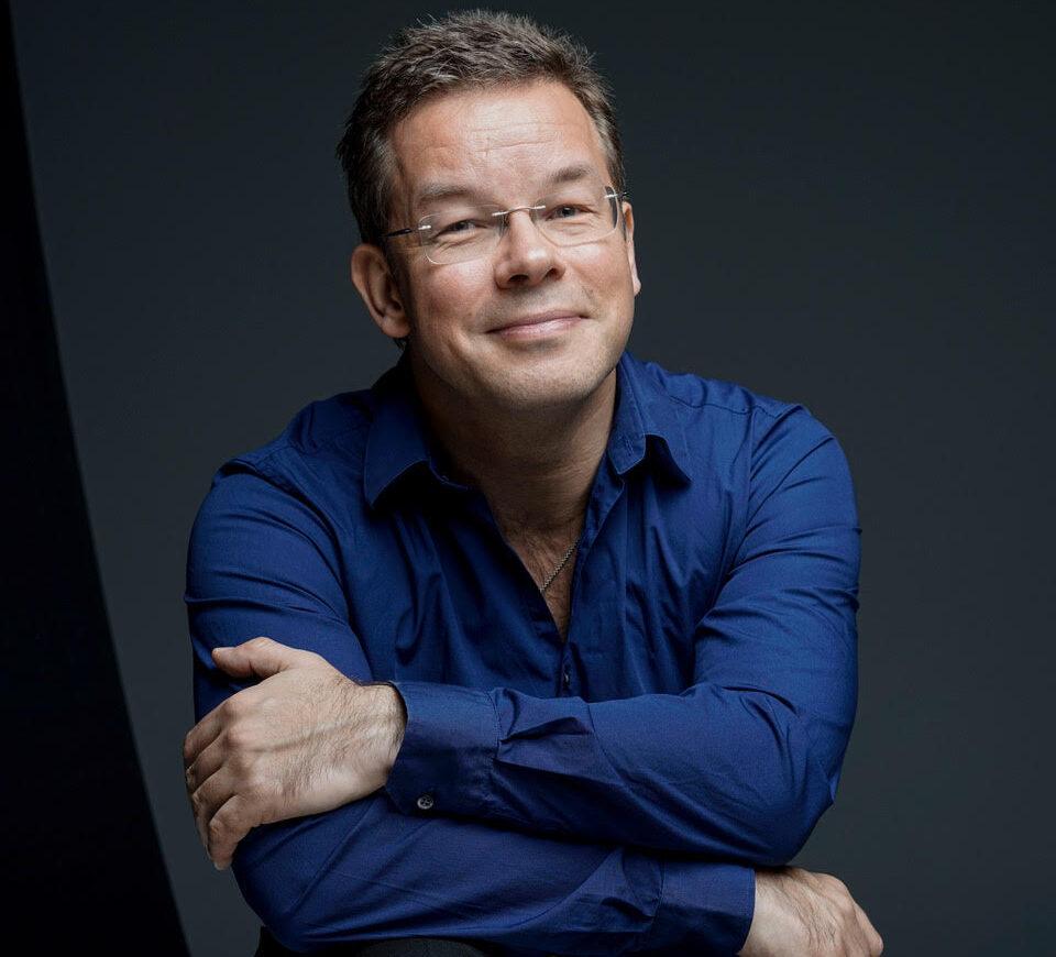 Antony Hermus conductor Grande Finale